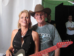 Beccy Cole and Allan Tomkins